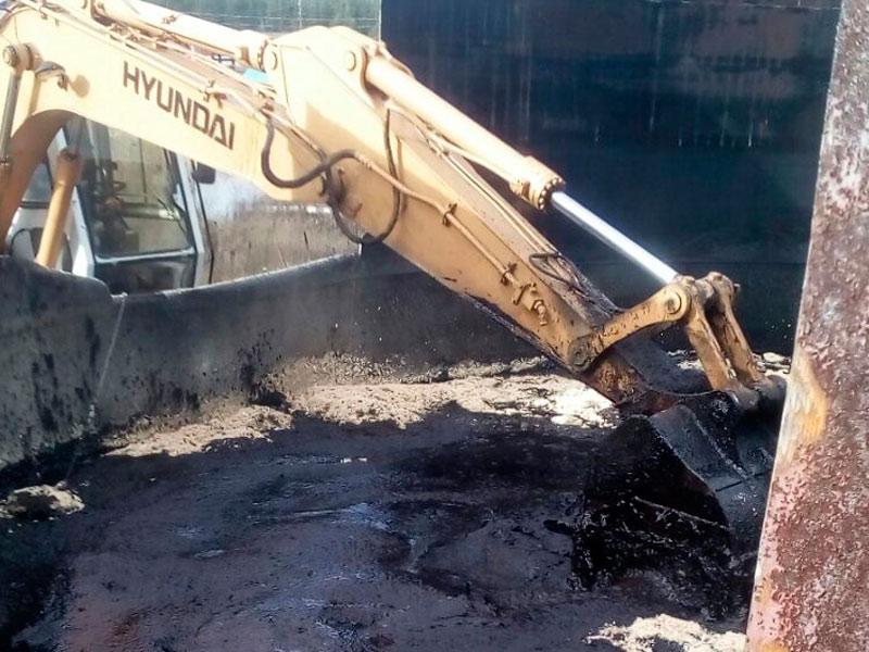 Сухой Лог - фото1. Уборка нефтешлама