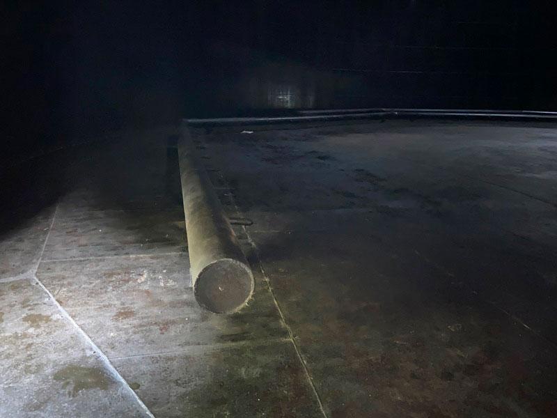 КамчатскЭнерго. Фото9 - Зачистка днища бака под УЗК контроль